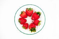 Free Seven Strawberries Viewed From Above Royalty Free Stock Images - 20833029