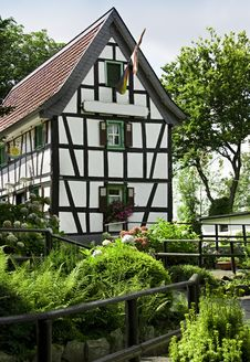 Free Typical Half-timbered House Royalty Free Stock Photo - 20833075