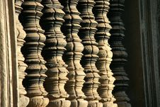 Free Stone Columns In Ankgor Wat Stock Images - 20833614