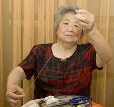 Free Sewing Grandma Royalty Free Stock Image - 20837376