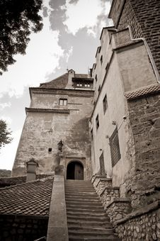 Free Old Stone Castle Entrance Royalty Free Stock Photos - 20839778