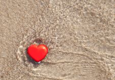 Free Heart In The Sea Royalty Free Stock Photos - 20841208