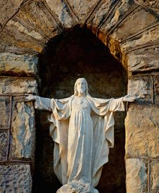 Free Statue Of Christ. Stock Image - 20848671