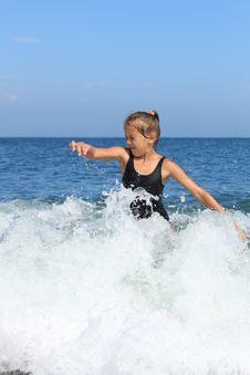 Free Girl Bathes In  Sea Stock Photos - 20850873