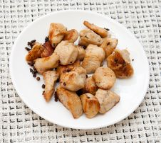 Free Delicious Chicken With Potatoes On A White Platter Stock Photo - 20853540
