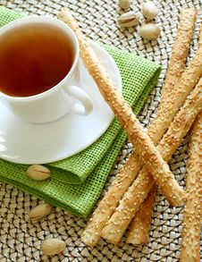 Free Cup Of Tea And Crispy Straw Stock Images - 20854164
