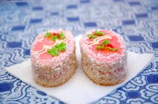 Free Two Tasty Beautiful Cakes In Cafe Royalty Free Stock Photography - 20855047