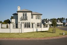 Free House Exterior Royalty Free Stock Image - 20855686
