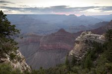 Free Dawn At Grand Canyon Royalty Free Stock Photography - 20857047