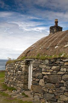 Free Traditional Blackhouse, Lewis, Hebrides, Scotlan Royalty Free Stock Photos - 20857188
