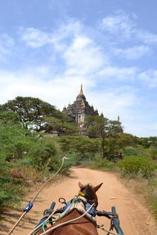 Free Horse Cart Going To Temple In Bagan Stock Image - 20857711
