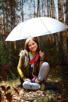 Free Young Attractive Smiling Girl In Autumn Forest Stock Image - 20858711