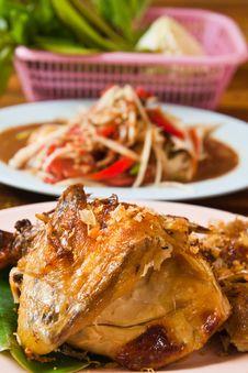 Fresh Barbecue Chicken,Thai Papaya Salad Stock Photography