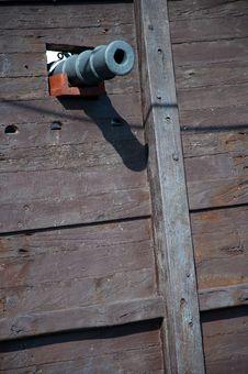 Free Cannon Of The Santa Maria, Columbus  Ship Royalty Free Stock Photos - 20864368