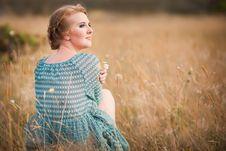 Free Beautiful Woman In Field Stock Image - 20867501