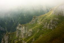 Free Mountain Valley In The Mist Stock Photos - 20867843