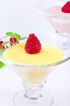 Free Pudding With Himbbere Stock Photos - 20868393