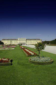 Free Gardens And Flowers Inside Schonbrunn Castle Stock Photos - 20868533