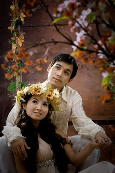 Free Portrait Of Young Couple In Antique Dress Royalty Free Stock Photos - 20870758