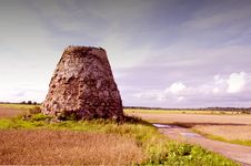 Free Landscape With Windmill Ruins Royalty Free Stock Photos - 20881218