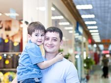 Free Family In Universal Store Royalty Free Stock Photography - 20886277