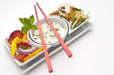 Free Mixed Salad With Chopsticks Royalty Free Stock Photography - 20886347