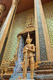 Free Giant Thai Art Royalty Free Stock Photo - 20893195