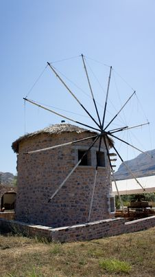 Free Old Wind Mill Royalty Free Stock Photography - 20893437