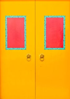 Free Yellow Doors With Red Frame Stock Photo - 20897530