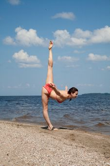 Free Gymnastics On The Beach Stock Images - 20897824