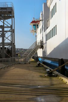 Free Passenger Gangway Royalty Free Stock Photos - 2094648