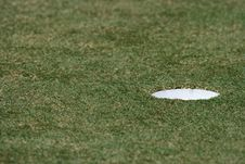 Free Hole In The Golf Field Royalty Free Stock Image - 2095726