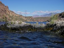 Free Saguaro Lake, Arizona Royalty Free Stock Images - 2099019