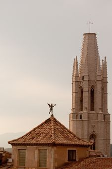 Free St Feliu Church, Girona, Spain Royalty Free Stock Image - 20901076