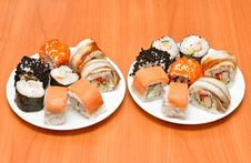 Free Traditional Sushi And Rolls On The Dish Royalty Free Stock Image - 20902746