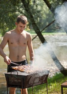 Free Summer Barbeque Royalty Free Stock Images - 20903079