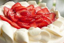 Free Homemade Strawberry Cake With Cream Royalty Free Stock Images - 20903719