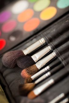 Free Cosmetic Brushes. Stock Image - 20906021