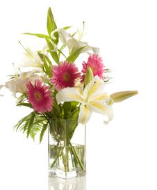 Free A Bunch Of Lilies And Gerberas Royalty Free Stock Photo - 20908605