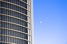 Free Building And Moon Stock Photo - 20908670