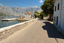 Free Narrow Street - Montenegro Stock Image - 20909361