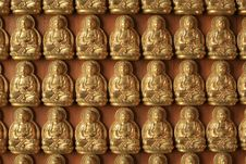 Free Many Gold Buddha Sculptures On The Wall Stock Photos - 20910353