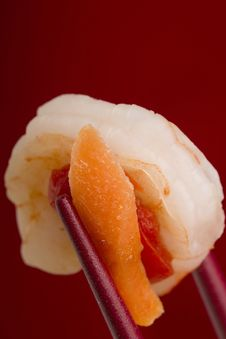 Free Shrimp In Chopsticks Royalty Free Stock Photo - 20914055