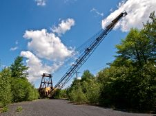 Free Front View Of Derelict Mining Crane Stock Photo - 20914560