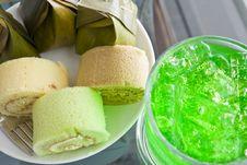 Bun Stuffed With Cream Royalty Free Stock Photo
