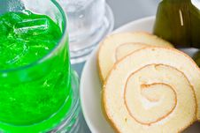 Free Snacks And Drinks Royalty Free Stock Images - 20914719