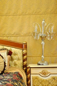 Free Furniture Lamp And Bedding Royalty Free Stock Photo - 20915315