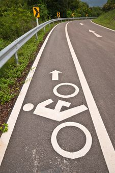 Free Bicycle Lane Royalty Free Stock Photo - 20915615