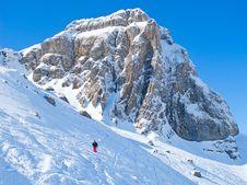 Free Skiing Slope Royalty Free Stock Photo - 20915715