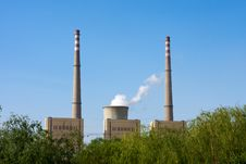 Free Green Power Plant Environment Royalty Free Stock Images - 20918409